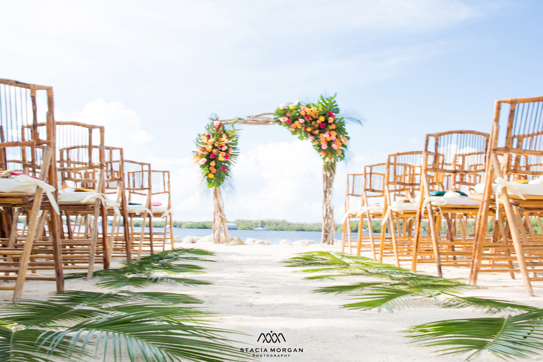Beautiful design for this South Florida wedding ceremony